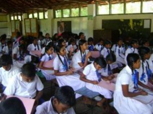 Awareness workshop at Kandakuliya School ©MCRCF